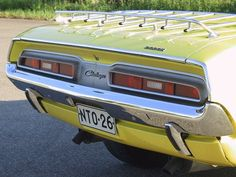 Challenger -71  Tail lights