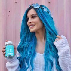 Light Blue Hair, Dyed Hair Blue, Teal Hair, Gorgeous Hair Color, Hair Color Dark, Cool Hair Color, Pelo Color Azul, Girl With Purple Hair, Corte Y Color