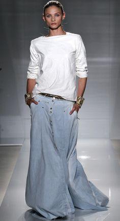 I was thinking u cud also make a black skirt from black pants::: OutsaPop Trashion ::: DIY fashion by Outi Pyy :::: DIY tutorial - denim maxi skirt