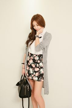 I love the simple look of this outfit.  Flower/Spring/Fall Perfect.  Natural.
