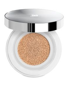 Lancome Miracle Cushion Liquid Cushion Compact - A liquid makeup that feels like a BB, acts like a foundation, and goes where you go, all in one compact. I love this stuff it's new favorite foundation. Compact Foundation, Best Foundation, No Foundation Makeup, Liquid Foundation, Foundation Online, Foundation Shade, Tips And Tricks, Revlon, Makeup Products