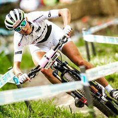 MTBYMAS: COPA DEL MUNDO UCI MTB 2015, JOLANDA NEFF REPITE V...