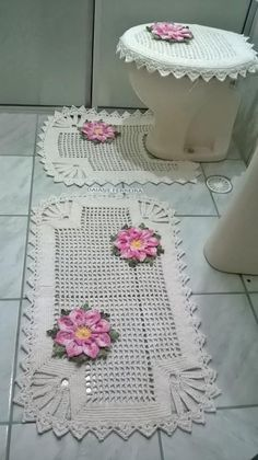 de dinheiro com fhorTapete de dinheiro com fhor Crochet Home, Crochet Baby, Knit Crochet, Stitch Patterns, Knitting Patterns, Crochet Patterns, Crochet Doilies, Crochet Projects, Diy And Crafts