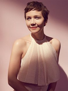 Maggie Gyllenhaal, photographed by Carlotta Manaigo for The Edit, April Jake Gyllenhaal, Pixie Hairstyles, Pretty Hairstyles, Pixie Haircut, Peter Sarsgaard, Pastel Pixie, World Most Beautiful Woman, Love Your Hair, Hair Photo