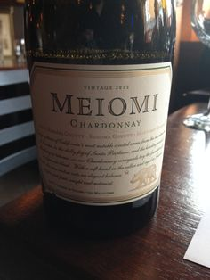 ^2013 Meiomi Chardonnay - Straw yellow in color with an intense nose of butterscotch, butter, oak, and fruitiness. Dry and full bodied on the palate with an excellent mouthfeel, lovely white fruits and a nice buttery finish. Very good!