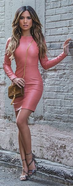 Pink leather dress with brown bag - LadyStyle