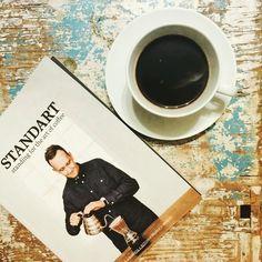 Dobry początek dnia! #standardmagazine #coffee #coffeelover #coffeetime #coffeebreak #coffeeaddict #coffeegram #coffeelife #thecoffeelifestyle #libracafe #ltc #specialtycoffee #happiness #flowers #goodday #igerspoland