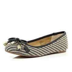 beige print bow ballerina pumps - pumps / plimsolls - shoes / boots - women - River Island