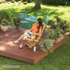 Built with composite decking and hidden fasteners, this maintenance-free backyard deck is designed to go together fast and to fit in anywhere in the yard, without footings or ledger boards.