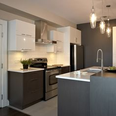 Online shopping from a great selection at Home Store. Condo Kitchen, Smart Kitchen, Kitchen Remodel, Kitchen Decor, White Kitchen Cabinets, Wood Cabinets, Chris Kitchen, Kitchen Layout Plans, Small Condo