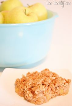 The only thing I did differently was use my Epicure fruit crumble spice in place of the cinnamon. Oh and it's super easy to make.so give it a shot! Apple Crisp Easy, Apple Crisp Recipes, Cheesecake Recipes, Dessert Recipes, Fall Desserts, Fruit Crumble, Eat Dessert First, Sweet Recipes, Fall Recipes