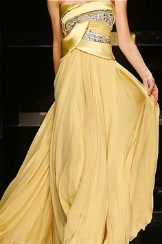 Elie Saab. this dress would look amazing on jennifer lawrence