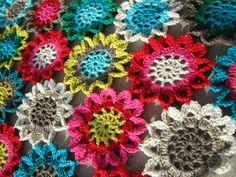 crochet colorful rounds.  #crochet