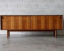 Designer: Gunni Omann, Denmark Circa: A beautiful sideboard made of Brazilian rosewood this is by Gunni Omann model Simple clean lines with dram Mid Century Modern Sideboard, Retro Sideboard, Credenza, Mid Century Design, Vintage Shops, Mid-century Modern, Auckland, Cabinet, Storage