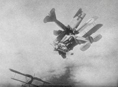 Colision de biplanos en la Primera Guerra Mundial