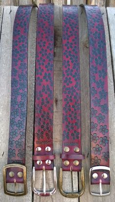 Artesanías de cuero: Cintos Flower fullspring 4 cm. de ancho. Vaqueta 4 mm. de espesor.