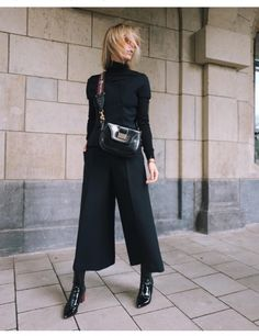 Incredibile Vogue Fashion´s Night Out in Düsseldorf – Total DIOR Outfit Fantastico Grande Vogue Fashion´s N. Mode Outfits, Winter Outfits, Casual Outfits, Fashion Outfits, Womens Fashion, Fashion Trends, Fashion Bloggers, Black Outfits, Cheap Fashion