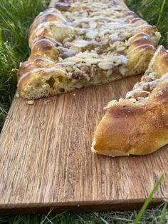 Wienerstang! – H J E M M E L A G A Bread, Food, Bakken, Brot, Essen, Baking, Meals, Breads, Buns