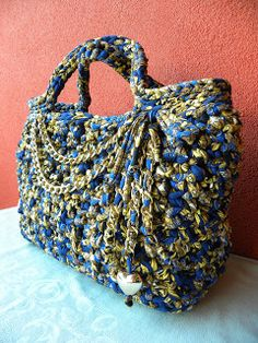 1673965bc93f mé sny: říjen 2012 Crochet Yarn, Crochet Stitches, T Shirt Yarn, Blue