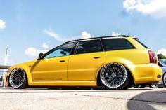 Auffälliger geht's kaum: Audi RS4 in geiler Folie  https://www.autotuning.de/auffaelliger-gehts-kaum-audi-rs4-in-geiler-folie/ Audi A4, Audi A4 Avant, Audi RS4, Audi RS4 Avant, Audi Tuning, Audi Tuning News, Bagged, Folierung, Rotiform