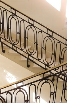 Google Image Result for http://www.buzzle.com/images/home-decor/staircases/metal-stair-railings.jpg