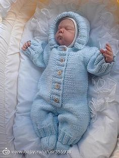 Diy Crafts - Baby Overalls with detailed cabled bodice and matching sweater Knitting pattern by OGE Knitwear Designs Baby Boy Knitting Patterns, Baby Cardigan Knitting Pattern, Knitting For Kids, Baby Patterns, Baby Boy Sweater, Baby Sweaters, Knitted Baby Clothes, Crochet Baby Hats, Baby Overalls