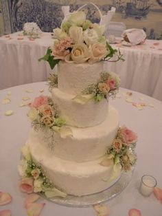 Wedding Cake Pictures by DesignCakes