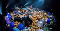 """Pro-footage: Watch Phish Make it Rain Cats & Dogs During """"Petrichor > Auld Lang Syne > Suzy Greenberg"""" on NYE at MSG"""