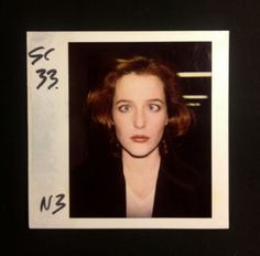 GILLIAN ANDERSON'S EYEBALLS, GOOFING AROUND ON THE SET OF X-FILES