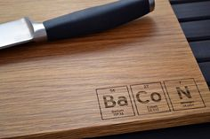 Elements from the periodic table, engraved on a cutting board-Creative kitchen product design