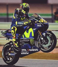 Valentino Rossi   Yamaha MotoGP 2017   Qatar GP, Losail