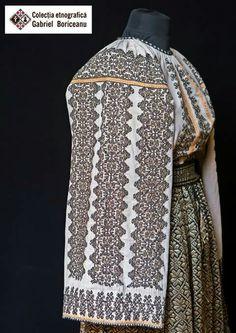 Folk Costume, Costumes, Folk Embroidery, Romania, Victorian, Traditional, Dresses, Fashion, Folklore