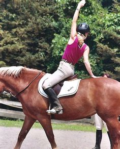 Expert Equestrian Articles - Learn How Equi-Yoga Benefits Equestrians and Equines - Equitrekking