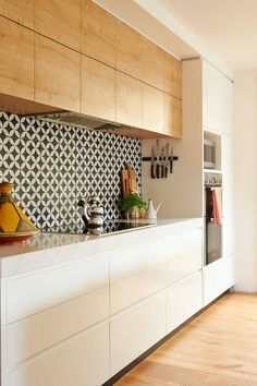 This vibrant timber kitchen is the perfect combination of function and style Kitchen Room Design, Home Room Design, Kitchen Cabinet Design, Modern Kitchen Design, Home Decor Kitchen, Interior Design Kitchen, Kitchen Furniture, Home Kitchens, Timber Kitchen