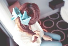 blueblueblue. I will forever wear a bow, IDC :)