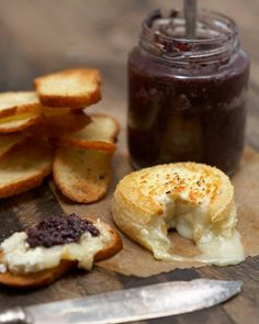 Baked goat cheese (use an aged, firm goat cheese), via Tyler Florence Baked Goat Cheese, Goat Cheese Recipes, Cheese Appetizers, Cheesy Recipes, Tyler Florence Recipes, Great Recipes, Favorite Recipes, Tasty, Yummy Food