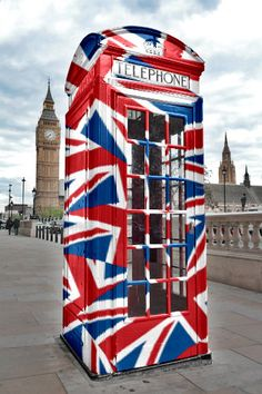 London Phone Box painted in Union flag colours. Parliament square. Very patriotic. www.bhctours.co.uk