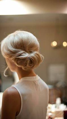 Simple beautiful updo. Wonder if it would look so nice on dark hair?