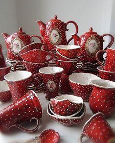 Ceramic Pottery, Pottery Art, Ceramic Art, Clay Crafts, Arts And Crafts, Mushroom Decor, Mushroom Tea, Spring Forest, Clay Art