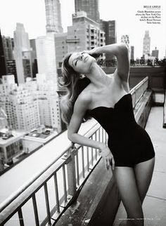 Love the black and white effect the outfit and pose everything.    Mario Testino, ny, skyline, bw, model, pose, portrait