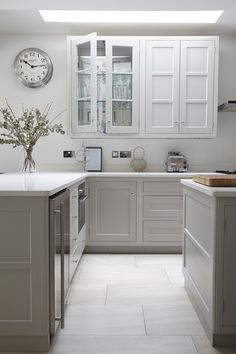 Pavilion gray and CIMSTONE BARRENTS 955 worktop