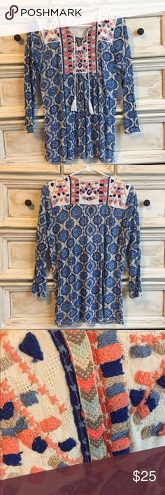 Lucky Brand Embroidered Top New without tags Lucky Embroidered top with embroidered detail on the front and back. Amazing detail!!! Fun coral and blue tones. Flowy and flattering fit. Excellent condition. Lucky Brand Tops Blouses