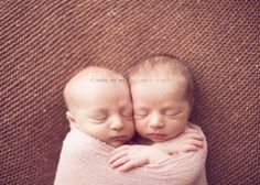 newborn baby photography twins by Brittany Woodall and Carrie Sandoval