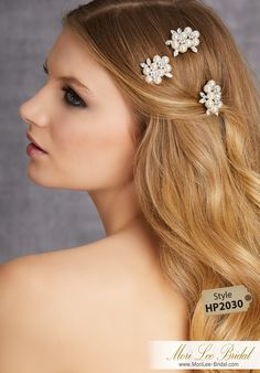 STYLE HP2030Set of Three Rhinestone and Pearl Petite CombsAvailable in Silver