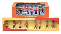 Crescent Toys - Set 581 - Grenadiers And Lifeguards | Vectis Toy Auctions