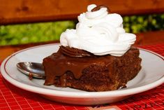 Prăjitura Boema - Farfuria Colorată Cake, Desserts, Food, Syrup, Tailgate Desserts, Deserts, Food Cakes, Eten, Cakes