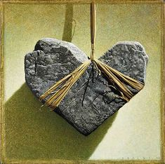 Diane´s Broken Heart by Braldt Bralds (what to do with that rock I've been saving) Make a breastplate necklace! Heart In Nature, Heart Art, Caillou Roche, Heart Shaped Rocks, Heavy Heart, Rock And Pebbles, I Love Heart, Stone Heart, Rock Crafts