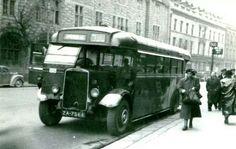 College Street, Dublin 1946. Dublin Ireland, Ireland Travel, Buses And Trains, Irish Eyes, Irish Dance, Busses, Book Of Life, Belfast, More Pictures