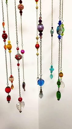 Beaded Crafts, Wire Crafts, Jewelry Crafts, Glass Bead Crafts, Glass Beads, Hippie Crafts, Bohemian Crafts, Diy Wind Chimes, Hanging Beads