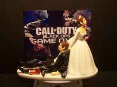 Video Game Call of Duty Bride and Groom Funny Wedding cake topper. SARAH this would have been perfect for u and Jake!!!!!